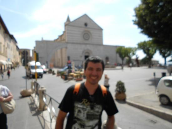 Titular do blog e a o fundo a Basílica de santa Clara