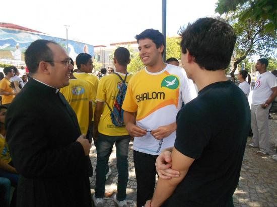 Após a celebração os jovens se concentraram no  Dragão do Mar para um flashmob
