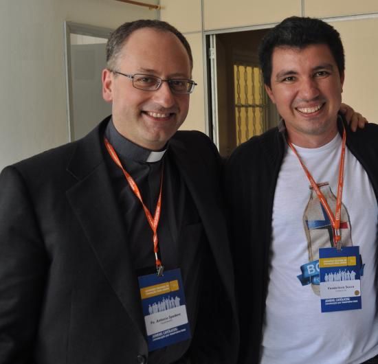 Padre Antonio Spadaro e o titular do ANCORADOURO.