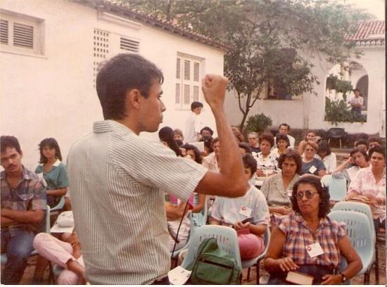 MoysesAzevedo_pregando_primeiros