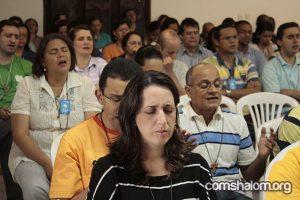Membros da Comunidade estão reunidos em Assembleia Geral. Foto: Portal Comshalom.org