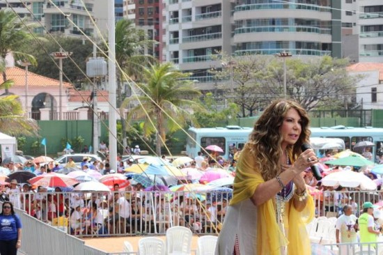 Cantora pró-vida participa pela primeira vez do evento.