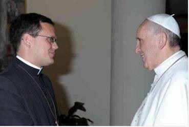 Padre João Chagas com o Papa Francisco.