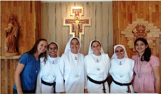 Missionárias da Comunidade Mariana Boa Semente.