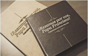 Livro dado ao Papa Francisco.