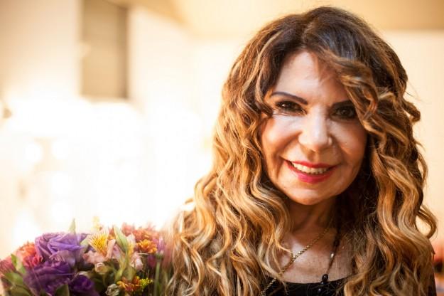 Elba Ramalho é a favor da vida, contra o aborto.