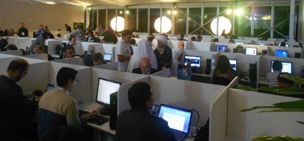 Centro de Mídia montado durante a Jornada Mundial da Juveentude RIo 2013 para atender a imprensa.