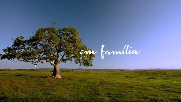 """Novela poderia mudar o nome de """"Em Família"""" para """"Em Cabaré""""."""