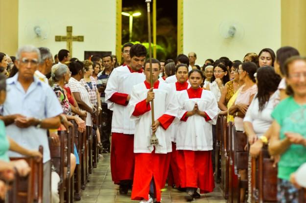 Festa renova a fé dos fiéis.