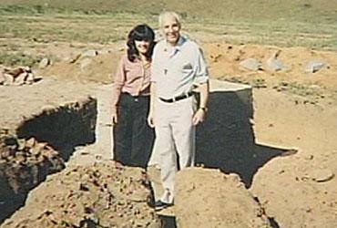Luzia Santiago e padre Jonas Abib no início da Canção Nova.