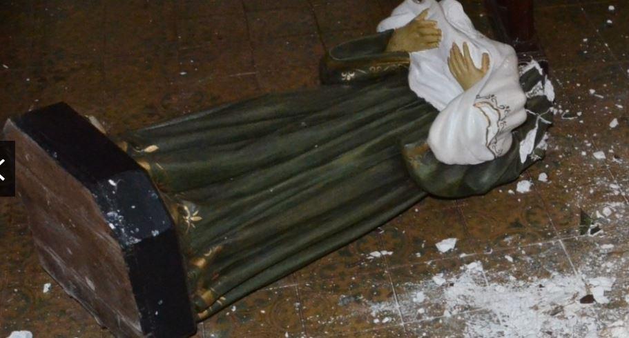 imagem catolica destruida 1