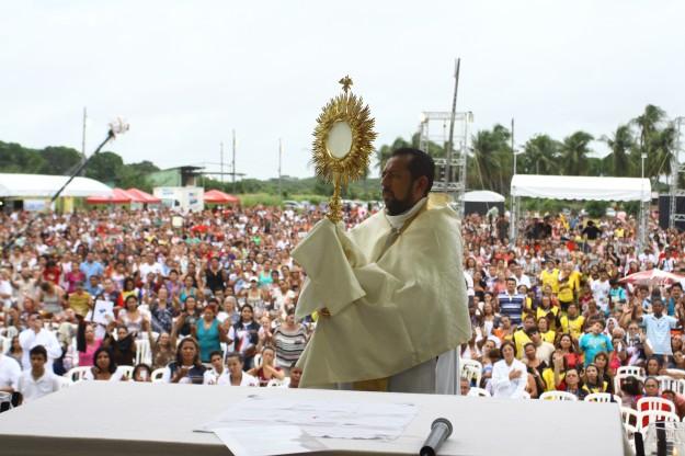 Festa dos Arcanjos acontece nesta segunda-feira, dia 29.
