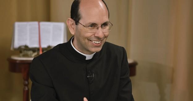 Padre Paulo Ricardo possui uma legião de seguidores na internet.