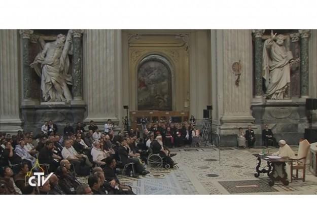 Papa Francisco fala a padres da RCC.