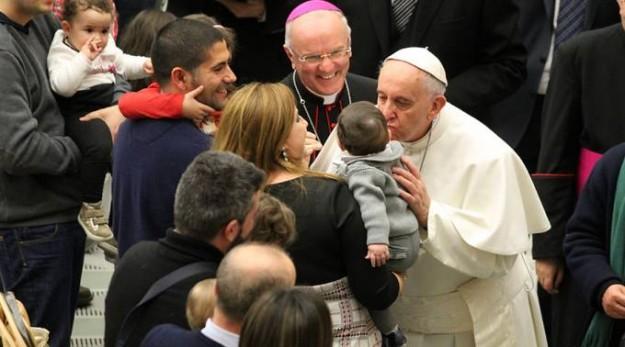 Papa com os equipistas em Roma.