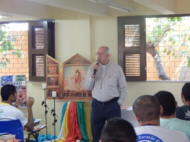 Dom José Antonio tem encontro mensal com os seminaristas de sua arquidiocese.