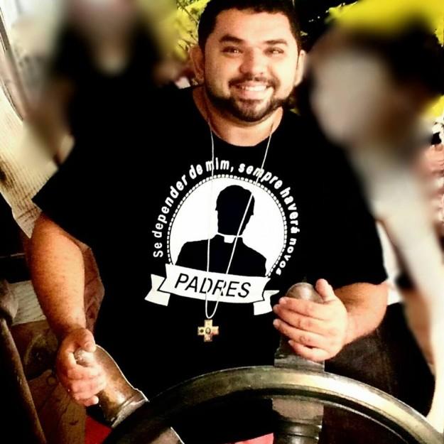 """""""Na JMJ entendi para que Deus me chamava: ao sacerdócio"""". Eder Lopes."""
