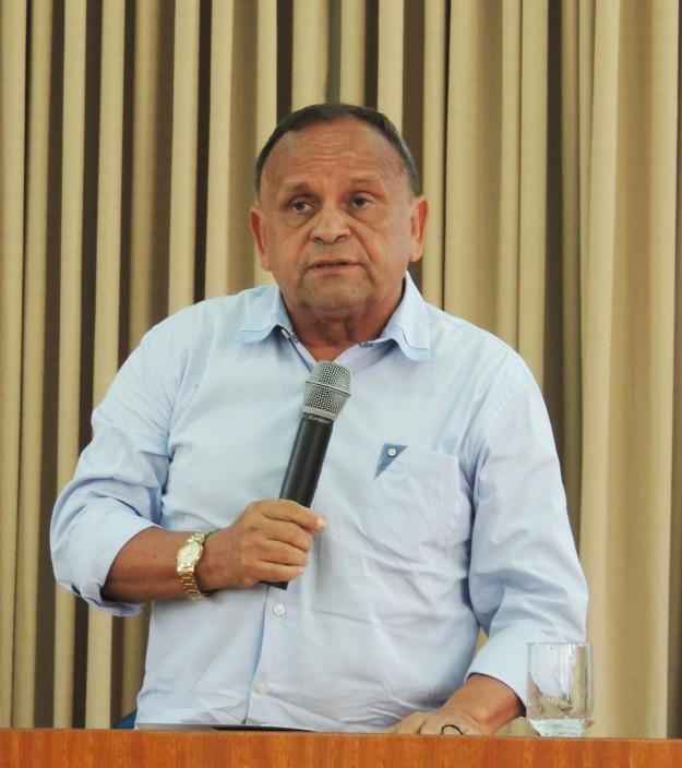 Padre Almir Magalhães, Reitor da FCF.