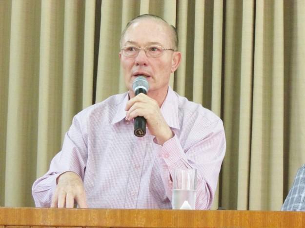 Frei Moser na Faculdade Católica de Fortaleza.