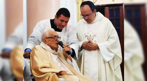 Padre Rafhael e Mons. Mauro.
