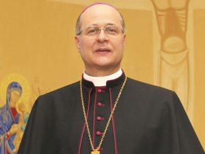 Dom Darci, arcebispo de Diamantina.