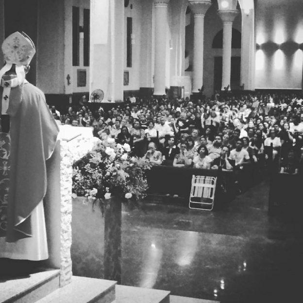 Dom José Antonio, na Vigília de Pentecostes. Foto: Eder Machado.