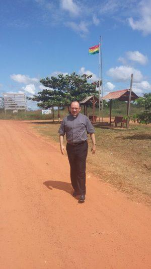 Padre Rafhael Maciel em missão no Acre.