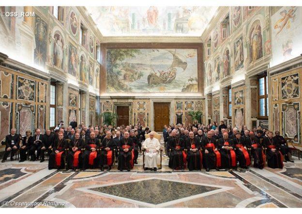 Papa Francisco e membro do Pontifício Conselho.