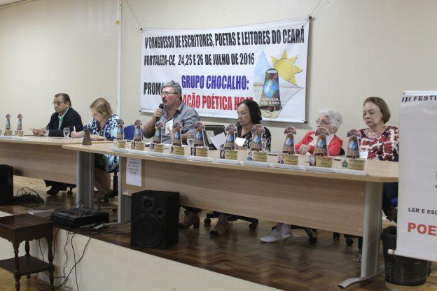 Mesa de homenageados pelo Grupo Chocalho. Foto: Jean Cavalcante