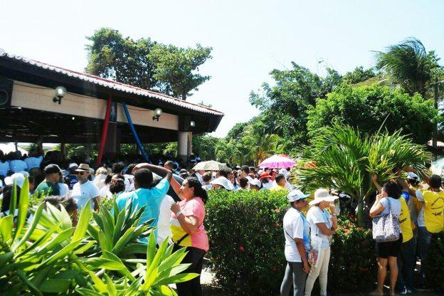 Fieis se concentram no Santuário de Nossa Senhora da Assunção. Foto: divulgação.