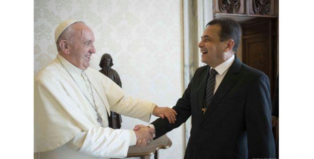 Papa Francisco recebe Moysés Azevedo em audiência privada.