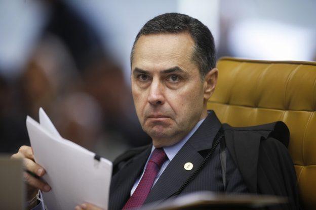 Barroso é Ministro do STF e ativista pela legalização do aborto.