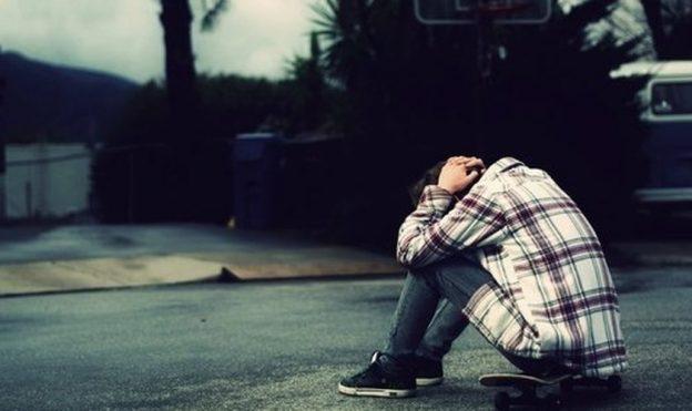 2218615560-decepcao_tristeza