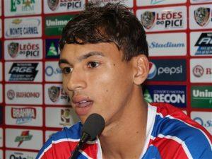 Atacante Ruan fez os dois gols da vitória tricolor no Acre