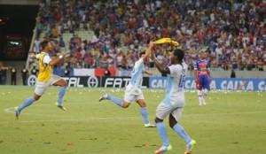 Fortaleza conseguiu a proeza de colocar Oeste e Macaé na Série B