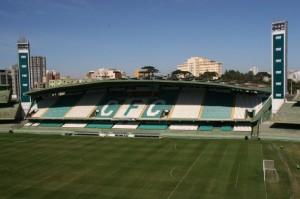 Estádio Couto Pereira deverá receber bom público para o jogo decisivo desta quarta