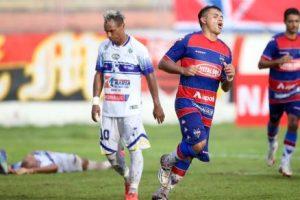 Fortaleza estreou com vitória no Junco