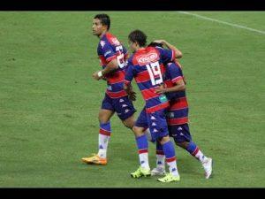 Fortaleza devolve a derrota em Recife e também marca 3 pontos sobre o rival pernambucano