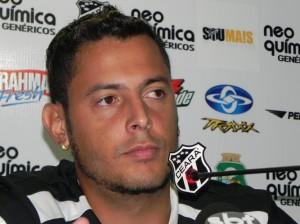 Fernando Henrique vive ótima fase (Foto: Cearasc;com/Divulgação)