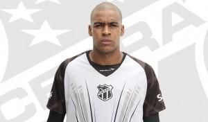 Jaílson em mais um desafio na carreira (Foto: cearasc.com/Divulgação)