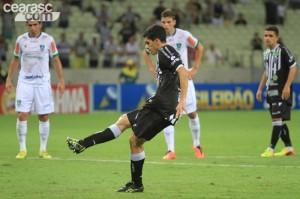 Assim como todo o time, Magno Alves foi bem até cansar (Fotos: Cearasc.com/Divulgação)