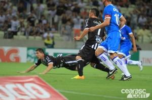 Mota voltou a ser decisivo no momento certo (Foto: Cearasc.com/Divulgação)