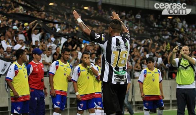 """Bill foi """"o cara"""" do jogo (Foto: Cearascom/Divulgação)"""