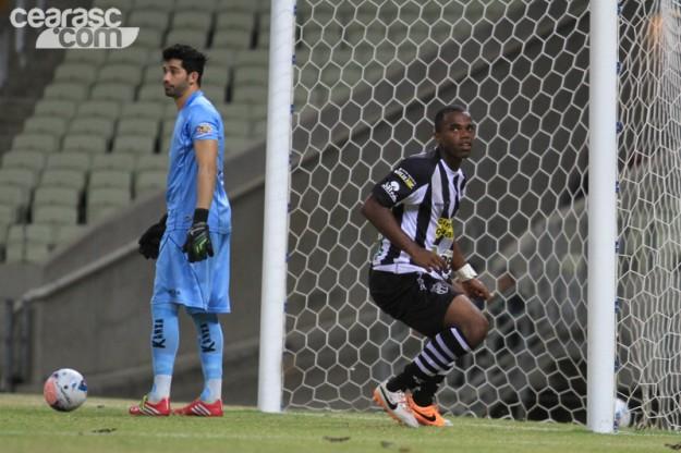Tadeu fez o gol da vitória (Foto: Cearasc.com/Divulgação)
