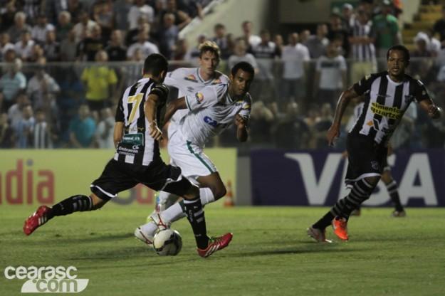Eduardo marcou seu primeiro gol com o manto alvinegro (Foto: Cearasc.com/Divulgação)