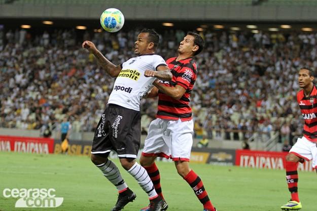 Bill desperdiçou as melhores oportunidades de gol na partida (Foto: Cearasc.com/Divulgação)