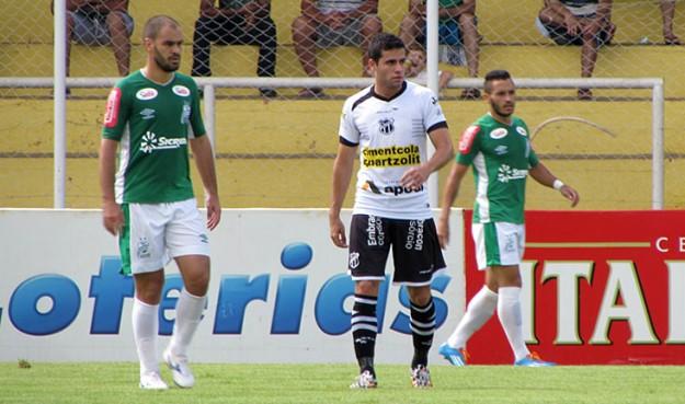 Eduardo, cara e crachá do futebol apresentado. (Foto: Juscelino Filho)