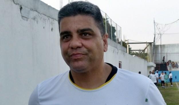 Marcelo Cabo tentará dar cabo a situação (Foto: Vitor Costa)