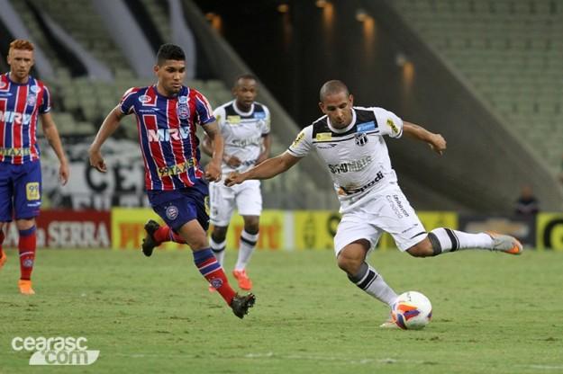 Apesar da luta, Rafael Costa não conseguiu balançar as redes (Foto: Christian Alekson/CearáSC.com)