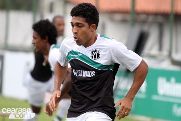 Ricardo Conceição tem mantido a titularidade com Lisca (Foto: Christian Alekson/CearaSC.com)